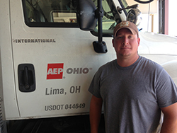 Kyle Jackson, line mechanic A - Lima, rescued a three-year-old girl from drowning.